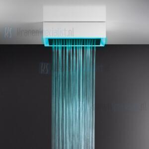 Gessi Afilo 300x500 vrijstaand douchesysteem met RAINFALL-functie en chromotherapie-effect voor plafond- / vals plafondmontage met wit frame. Elektronische onderdelen meegeleverd met waterdichte afstandsbediening en haak. Te matchen met 12V-voeding n